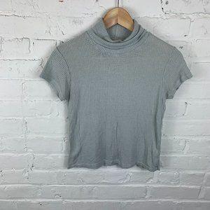 Brandy Melville Short Sleeve Crop Sweater One Size